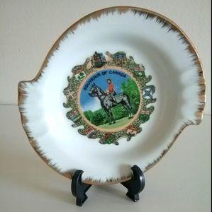 Collectible Souvenir of Canada Plate